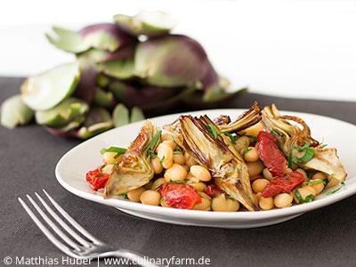 Rezepte mit Hülsenfrüchten: Fagiolo Zolfino (Schwefelbohnen) mit Tomaten und Artischocken