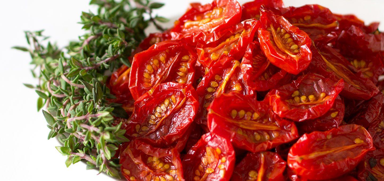 selbstgemachte, getrocknete Tomaten